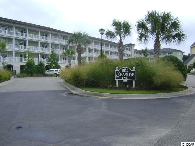 Roomy 2nd floor, 2  bedroom, 2 bath, fully furnished condo at Litchfield By The Sea Resort. Enjoy pool, lazy river and owner's oceanfront Beach Club with sunning decks, restrooms, walking and biking trails, lighted tennis courts. Condo offers lockout option and screened porch.