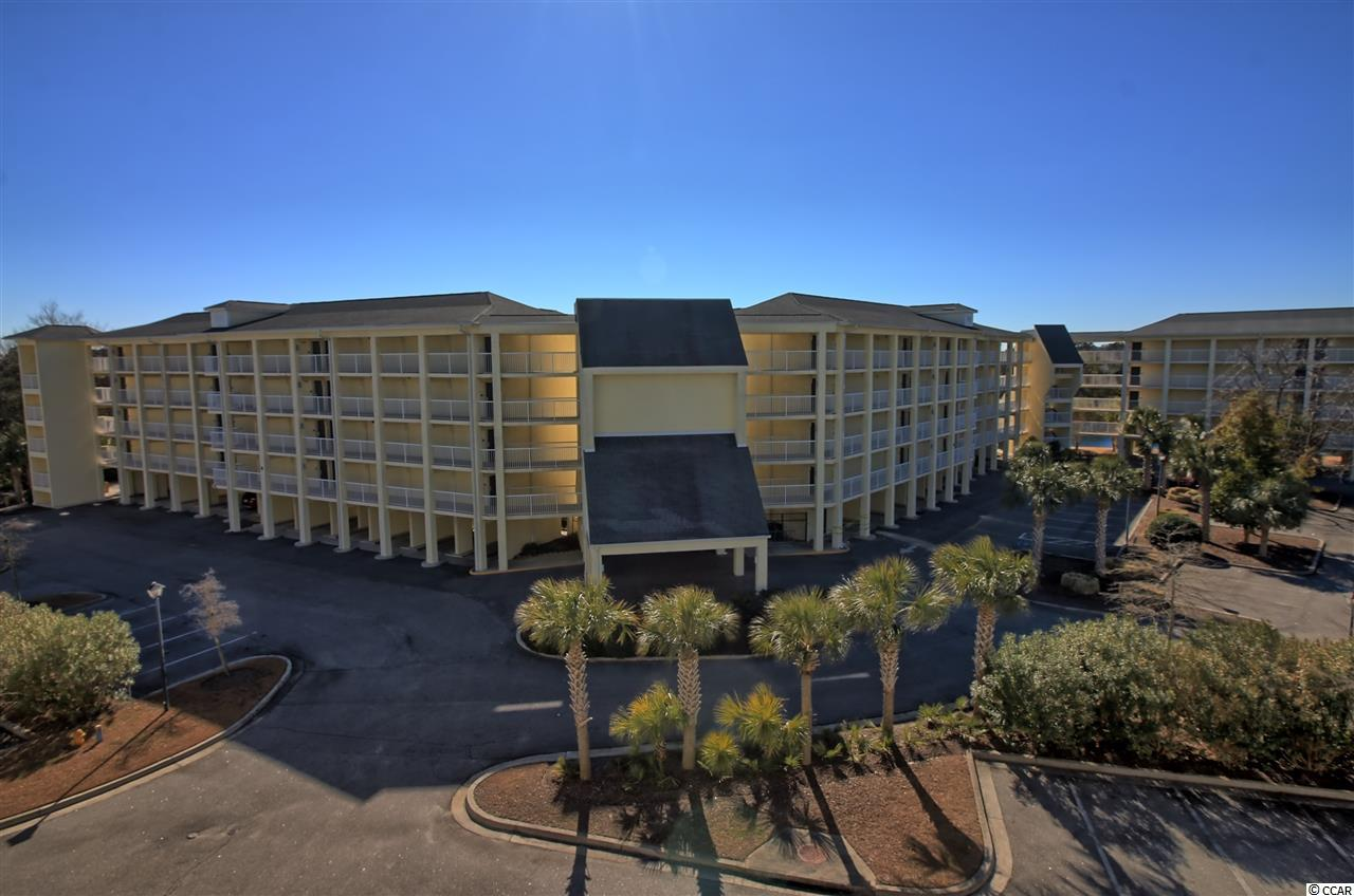 One of the few True Resort Condominiums! HOA handles all utilities, insurance and maintenance! Bring your swimsuit and golf clubs and truly relax with minimal paperwork to keep up with! Summerhouse at Litchfield Beach and Golf is the perfect answer for those that like to travel in luxury and not worry with the fuss of a hotel room. Villa 101 offers spacious living area with complete kitchen and luxurious bedroom and bath. The views from 101 offer just the right peak to pool area without the nuisance and morning sun to relax without the heat to enjoy afternoon drinks or snack.
