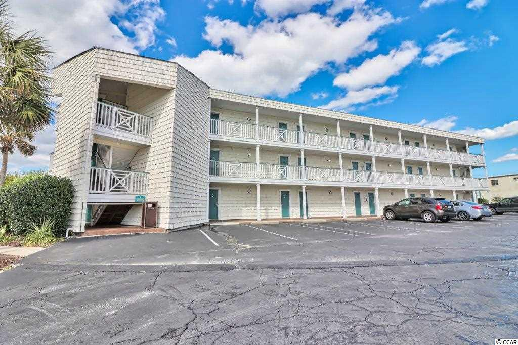 Unique second-floor Litchfield Inn furnished condo in the lodge section with ocean views. This upgraded condo has a bathroom with a tiled walk-in shower, two double beds, microwave, mini-fridge and all of the other wonderful amenities only the Inn can provide. The Litchfield Inn provides a lifestyle like no other in the area. Cabana Cafe is open for relaxed and casual drinks and food while Ocean One provides exquisite dining with an oceanfront view. Two pools and miles of sandy beaches provide the total lifestyle that is found only at the Litchfield Inn. HOA includes ownership in all common elements including the two restaurants. Square footage is approximate and not guaranteed. Buyer is responsible for verification.