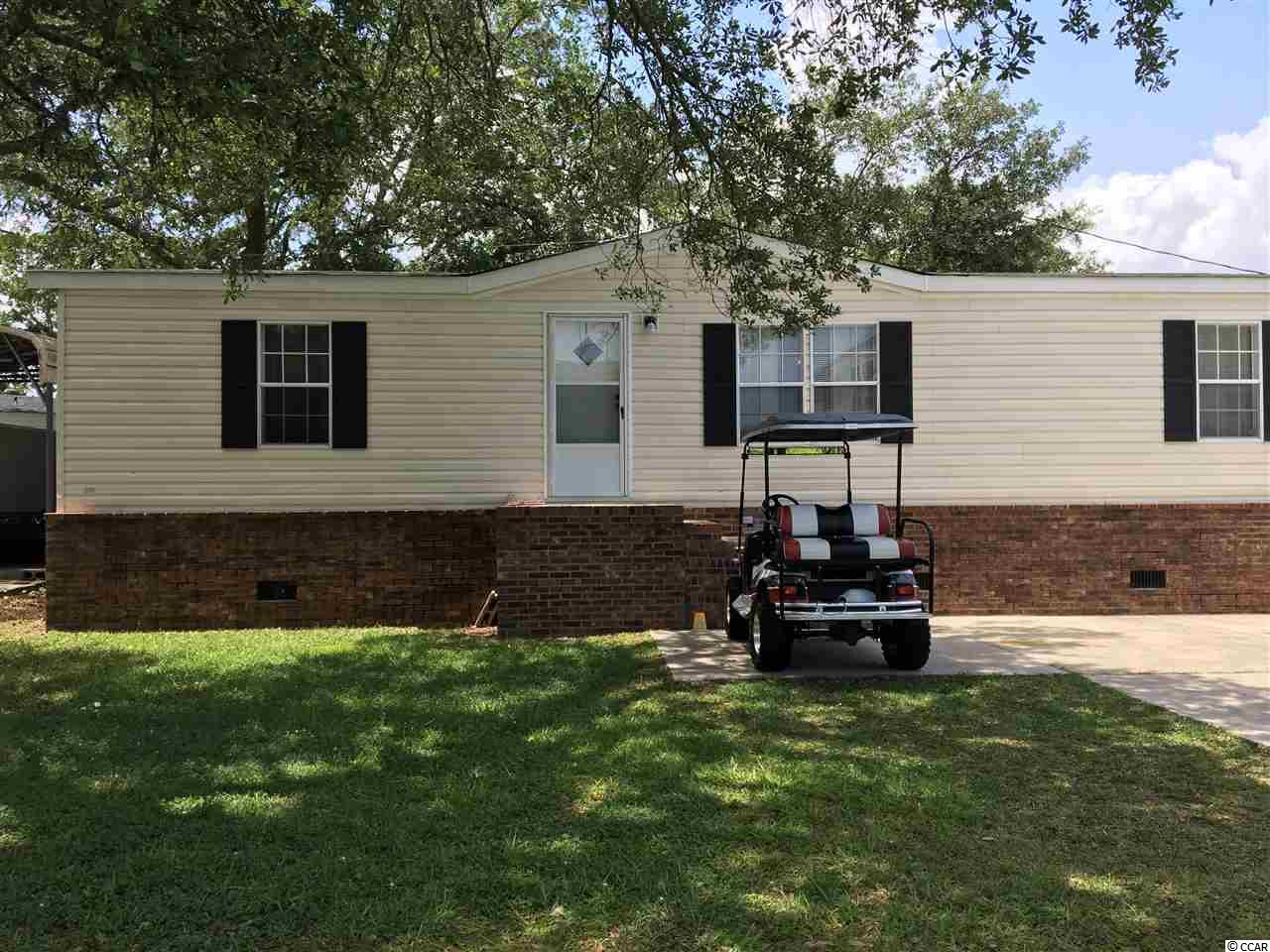3 bedroom and 2 full bath on leased land with furniture, kitchen appliances, and washer dryer to convey. Carpet and linoleum. Home is on raised brick foundation with cement pad out front for parking. Home is close to the beach on third block off of Woodland Avenue. New roof 2018. Come and enjoy what Garden City has to offer.