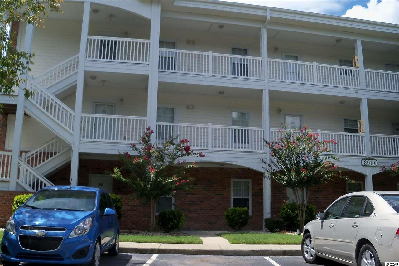 End Unit,Lake/Pond View Condo in Azalea Lakes : Myrtle Beach South Carolina