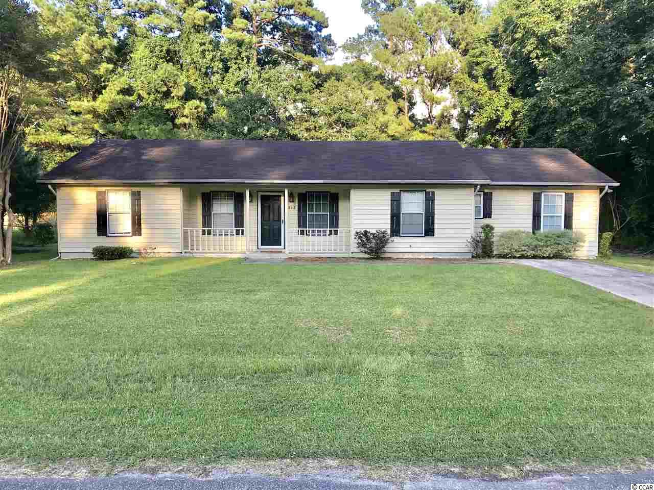 Comfortable 5 bedroom, 3 bath home located in a most sought-after subdivision in Georgetown County with the Kensington Elementary School within walking distance of the house. Local shopping close in also.