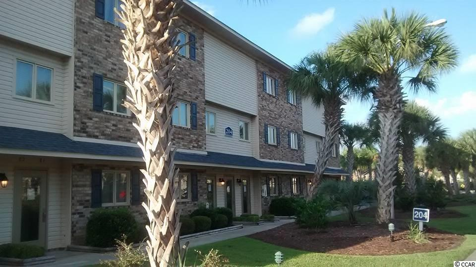Highly Desirable Plantation Resort Condo In The Heart Of Surfside Beach. New Luxury Vinyl Tile Installed Throughout - Spring 2018. Shabby Chic Beach Decor & All Furnishings Stay...All You Need To Pack Is Your Suitcase