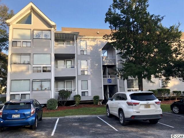 Don't miss out on this place at the beach that can be used for primary, secondary or investment. This condo is located close to restaurant row for plenty of things to do, including shopping and food cuisines. Close to the beach with golf cart parking and the amenities include swimming pools, jacuzzi, tennis courts, BBQ pit and more. Condo will not last long, don't wait to make an appointment to see!