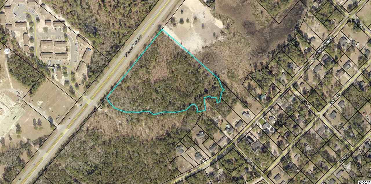 9.42 acres on south end of Georgetown.  Zoned General Commercial.  Near Pennyroyal Road and the Georgetown Count Airport.  Can be subdivided.  Seller is a licensed SC realtor.