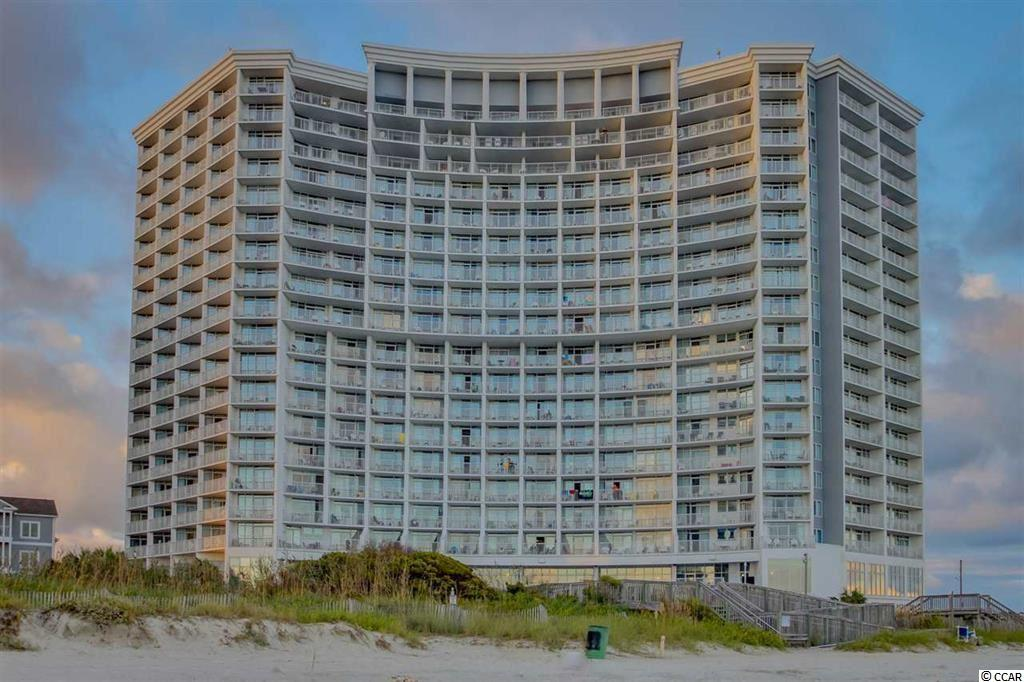 This efficiency is located in one of the most popular resorts in Myrtle Beach and has beautiful views of the Atlantic Ocean The Resort sits on 10 acres and features many amenities: 5 outdoor pools, 2 indoor pools, 12 Jacuzzis, lazy river, an oceanfront restaurant/lounge, fitness room, onsite pizzeria, an ice cream cafe and much more.