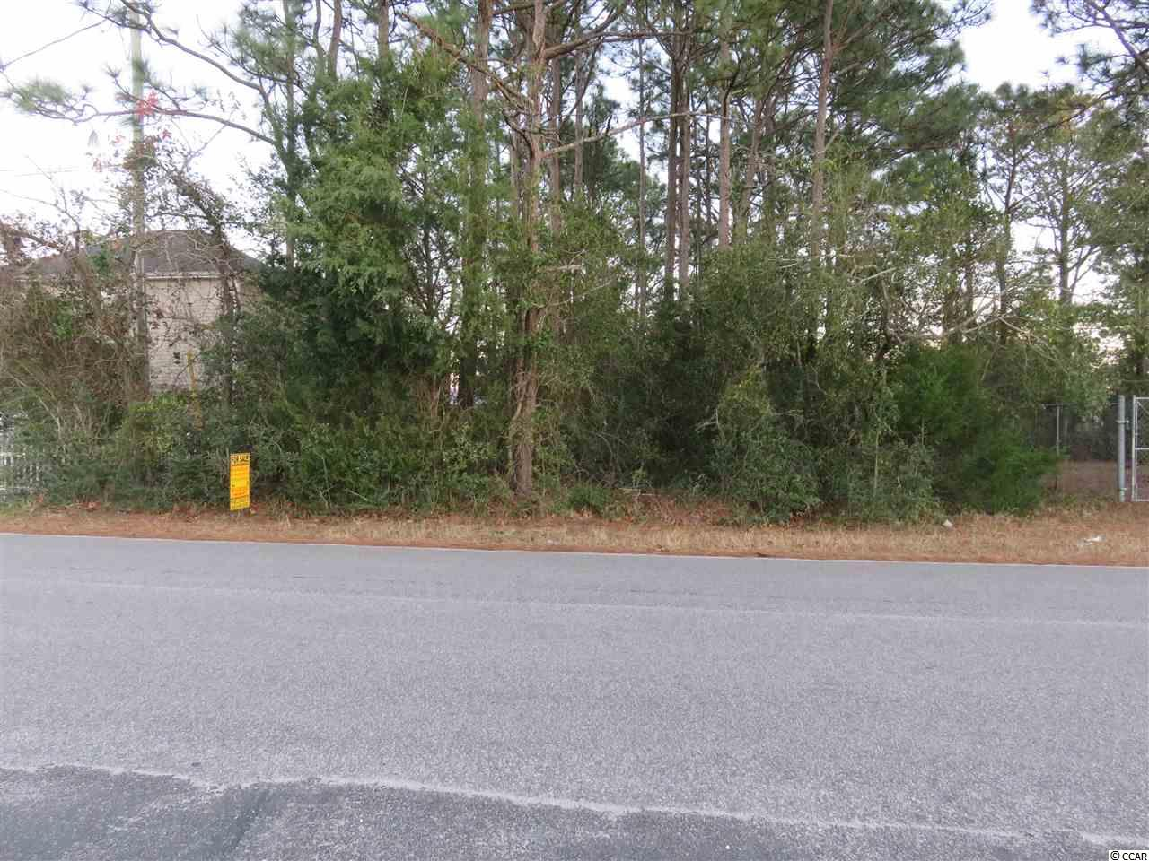 Subject is one block off US Highway 17 South. This is General Commercial zoning and is an excellent site for office, small business, or small apartment complex.
