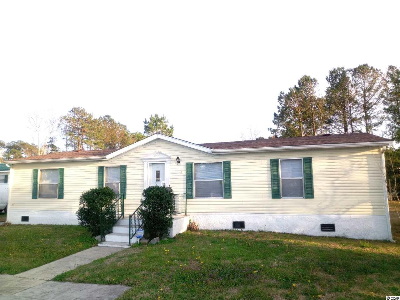 3 BA, 2 BA home with carolina room and spacious open floor plan. New carpets and paint. Newer roof. Real hardwood floors & nice tile floors. Great North Pointe neighborhood/hoa with pool. Ample parking.