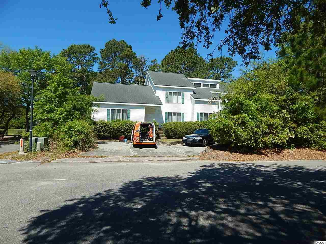 HUGE...HUGE 6 BEDROOM, 3.5 BATH HOME WITHIN 10 MINUTES OF THE BEACH IN SURFSIDE, SC!!!....BANK'S LOSS IS YOUR GAIN ON THIS SHORT SALE....INVESTOR HANDYMAN SPECIAL....MAKE AN OFFER TODAY BEFORE IT IS S-O-L-D!