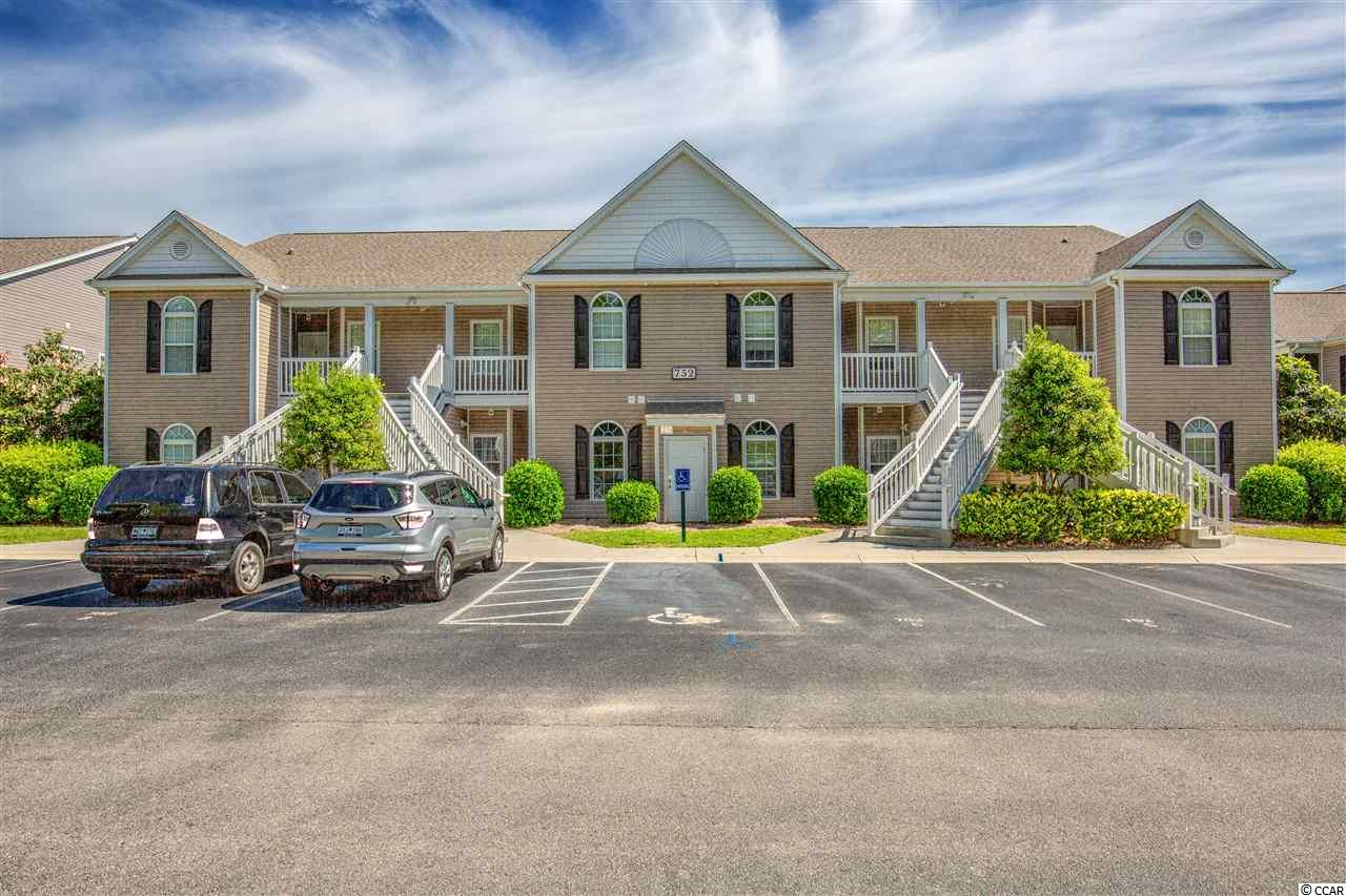 Three bedroom, two bath 1st floor condominium in the gated community of Pawleys Pavilion. Community is close to the beachfront community of Pawleys Island and less than a mile to the Atlantic ocean with shopping, dining and golf. Updated with paint and new flooring in 2016. Square footage is approximate and not guaranteed. Buyer is responsible for verification.