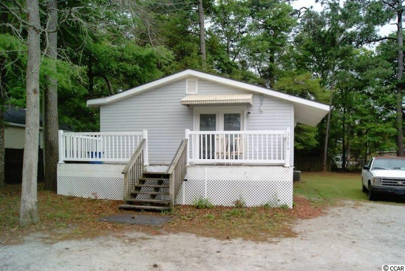 3 bedroom 1 bath home in heart of Little River with no HOA! Great investment property or starter home. Close to all the area has to offer shopping, dinning, golf, the beaches and more!