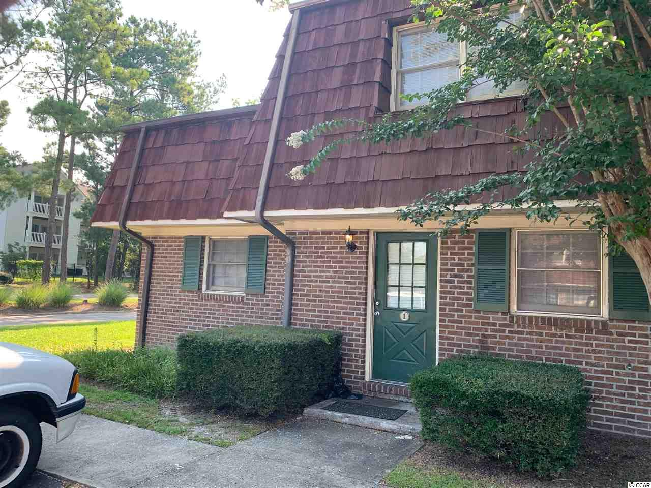 WHAT A NICE UNIT IN CAROLINA PINES.  END UNIT THREE BEDROOMS. WALK TO CCU.  EXCELLENT INVESTMENT OPPORTUNITY.