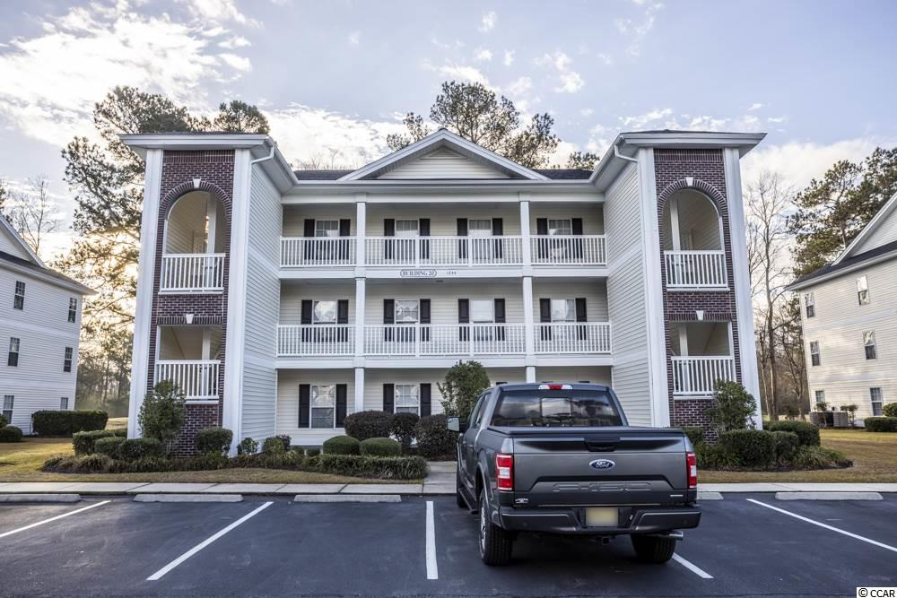 End Unit,Golf Course View,Lake/Pond View Condo in The Fairways At River Oaks : Myrtle Beach South Carolina