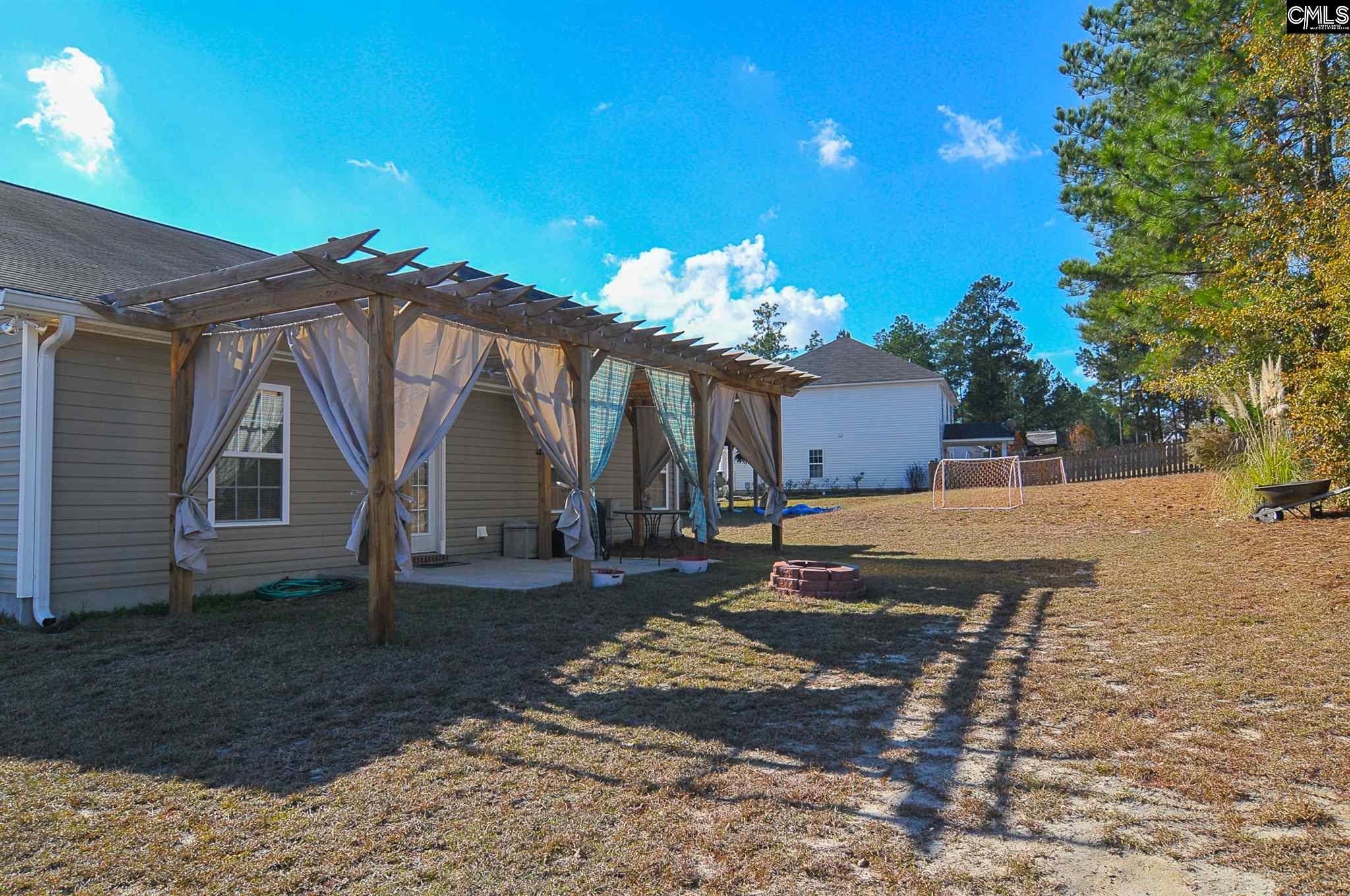102  Bending Oak Ct Lexington, SC 29073