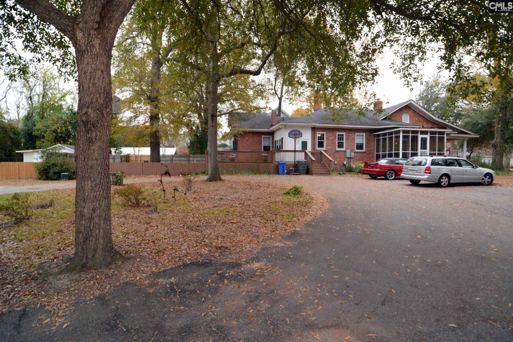 1506 Broad Camden, SC 29020