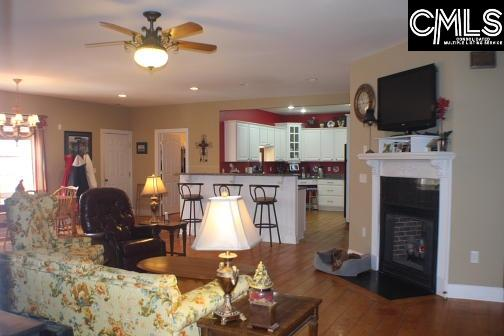 1032  Silver Point Chapin, SC 29036-7902