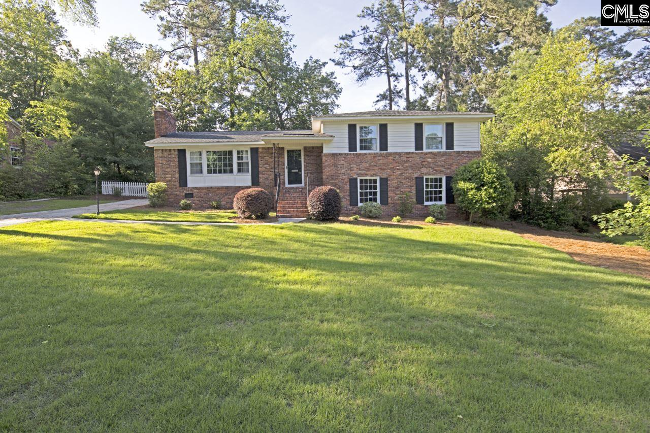 4 bed/3 bath home located in highly desirable Forest Hills. Satchel Ford schools. This home has newly renovated kitchen and master bathroom. Hardwoods throughout living area, dining room and master bedroom. Huge walk-in closet in master.  2017 HVAC. Tankless water heater. New Stainless appliances. Newly landscaped yard. This move in ready home will not last long.