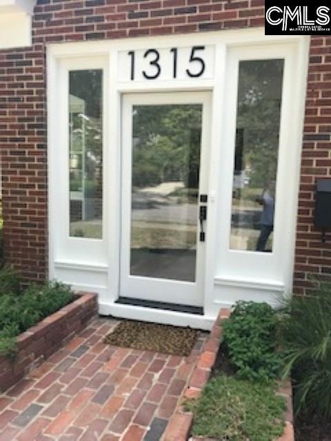 1315 Woodrow Columbia, SC 29205