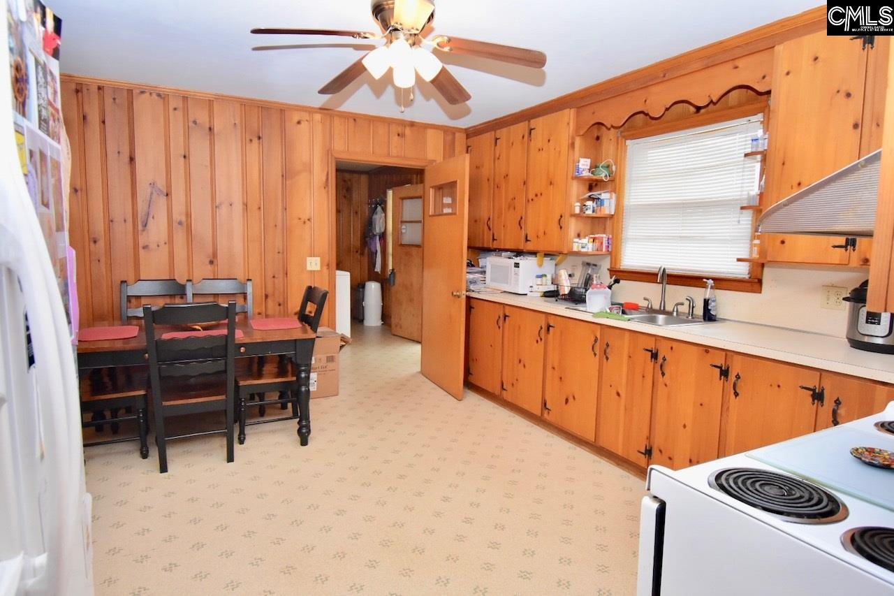 3287 Leaphart Rd West Columbia, SC 29169