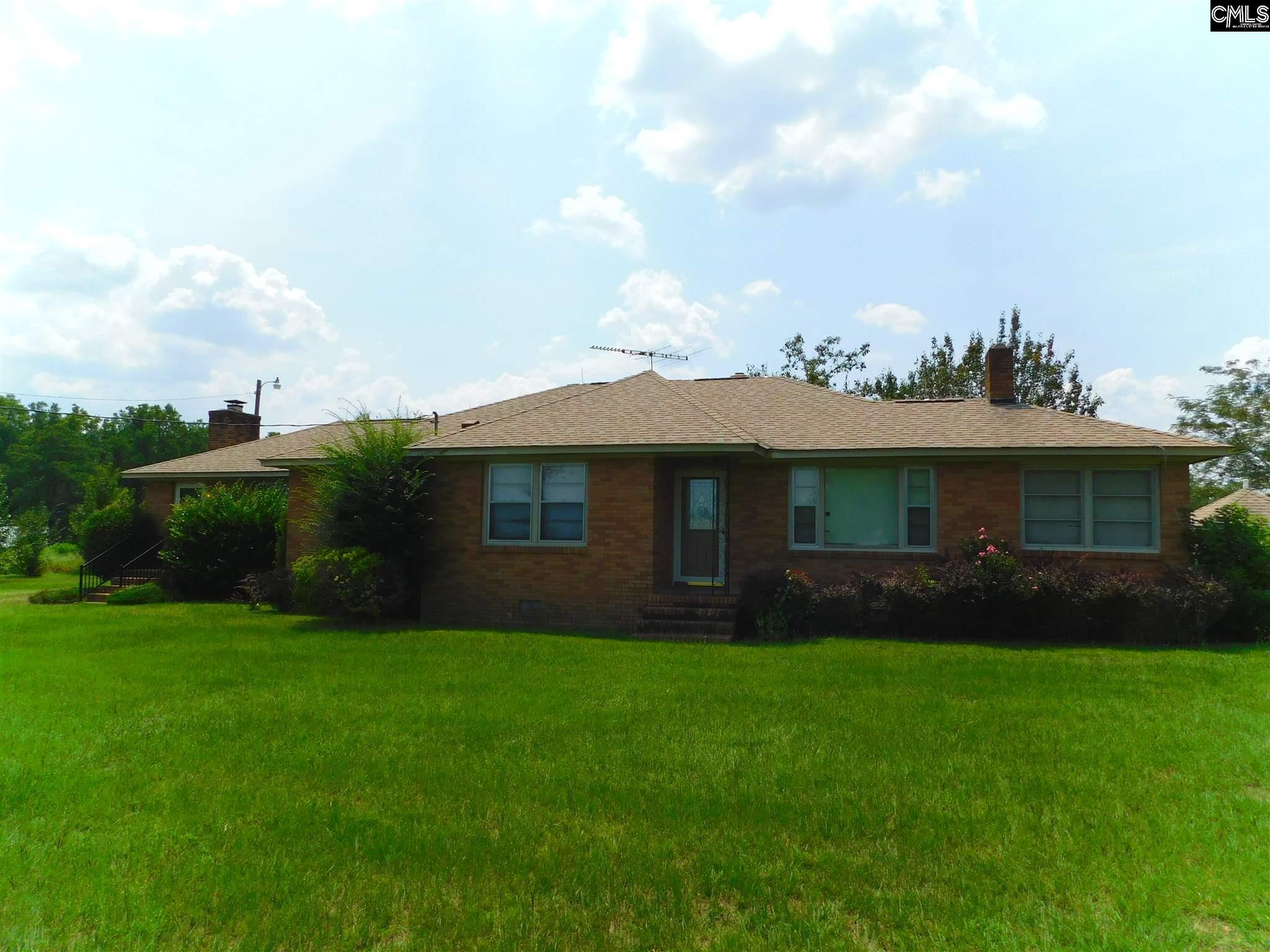 1059 W Hampton Leesville, SC 29070