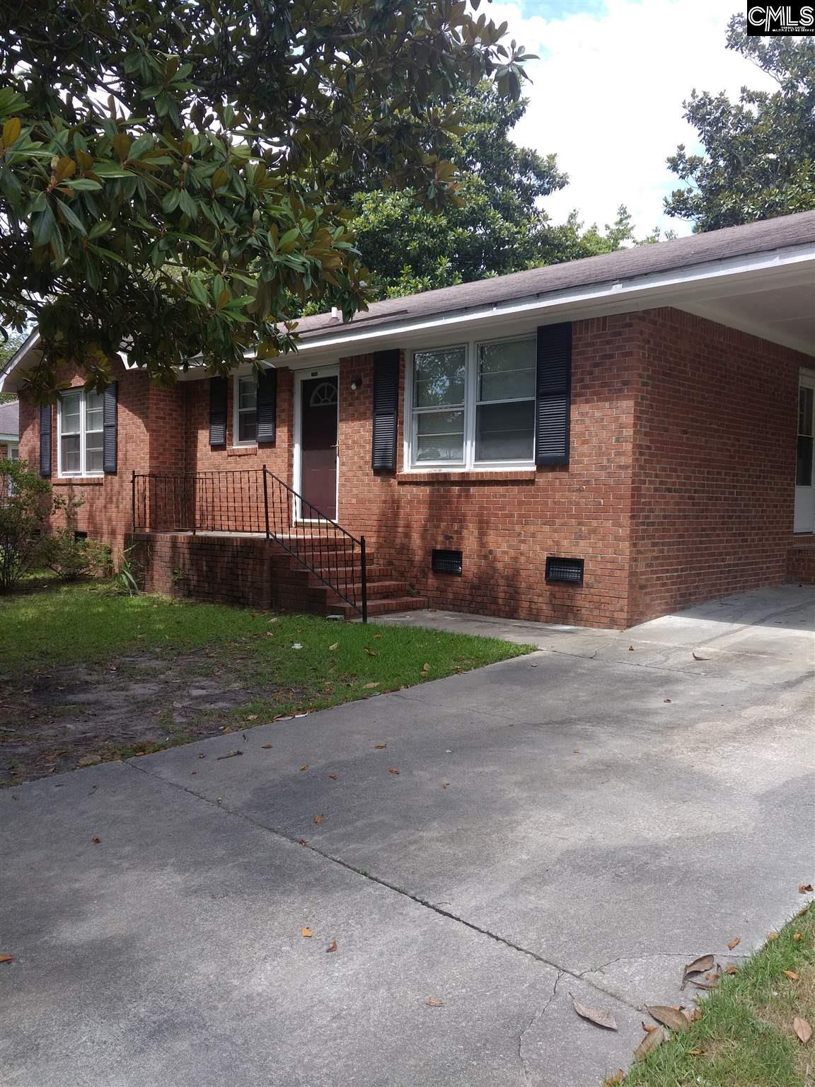 1305 Kings Avenue Camden, SC 29020