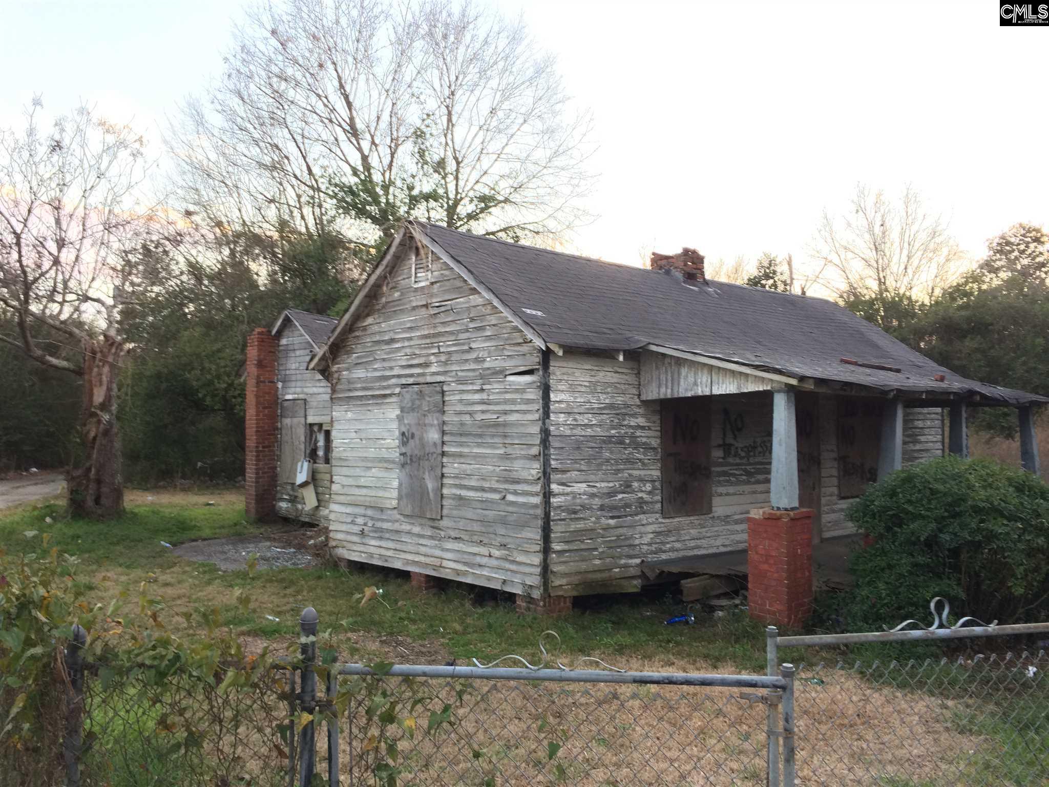 1099 Old River Camden, SC 29020