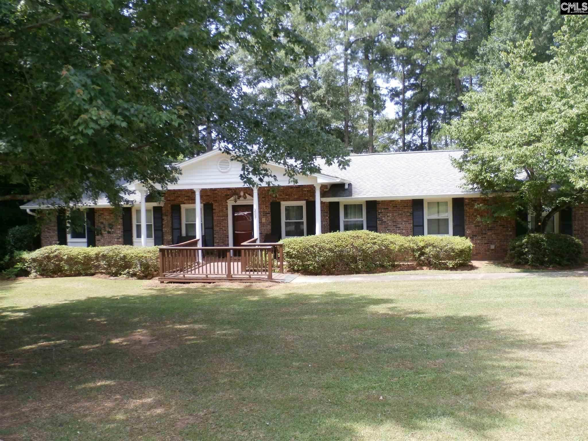 207 Marion Winnsboro, SC 29180