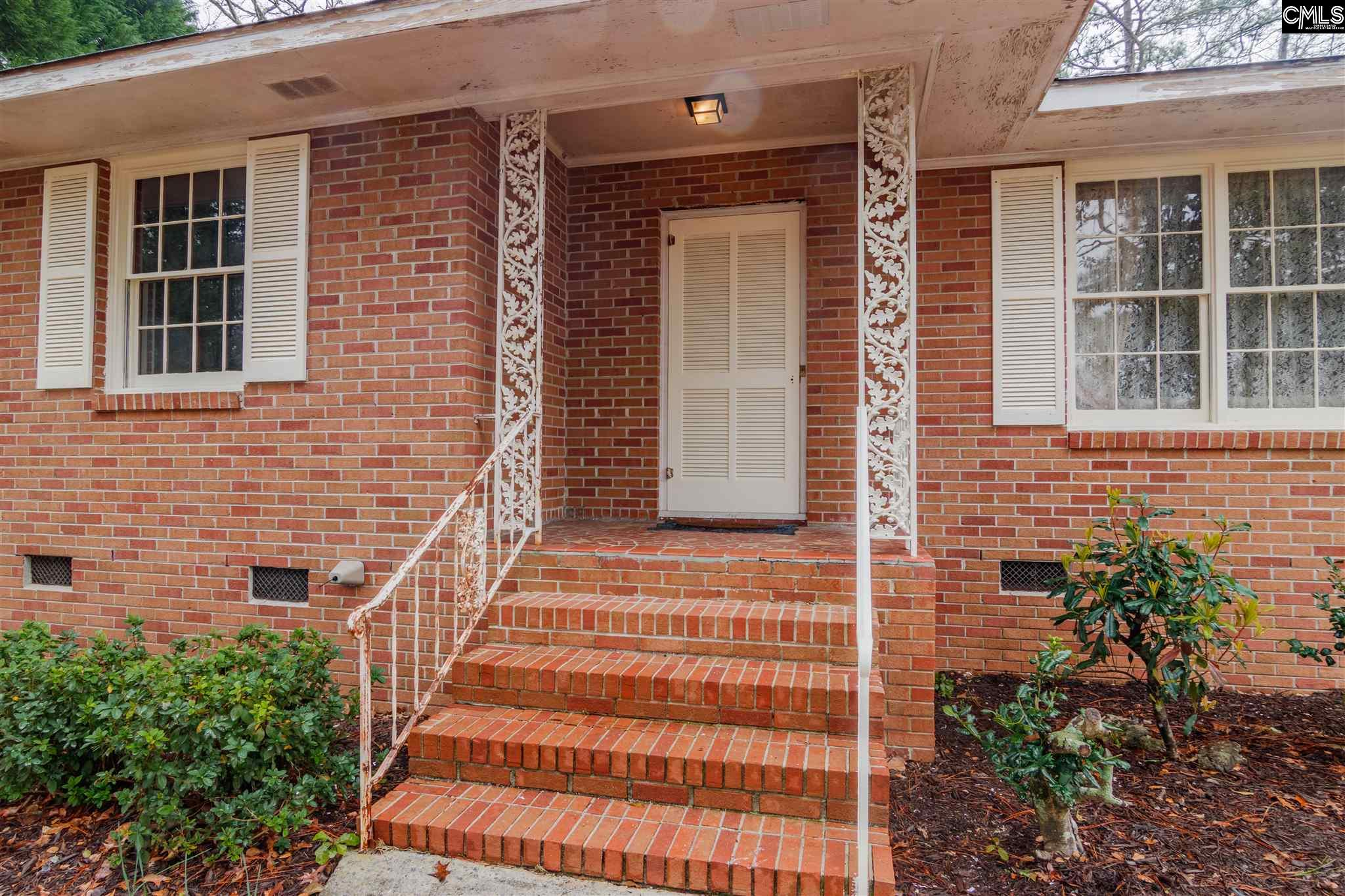 2221 Hooklawn West Columbia, SC 29169