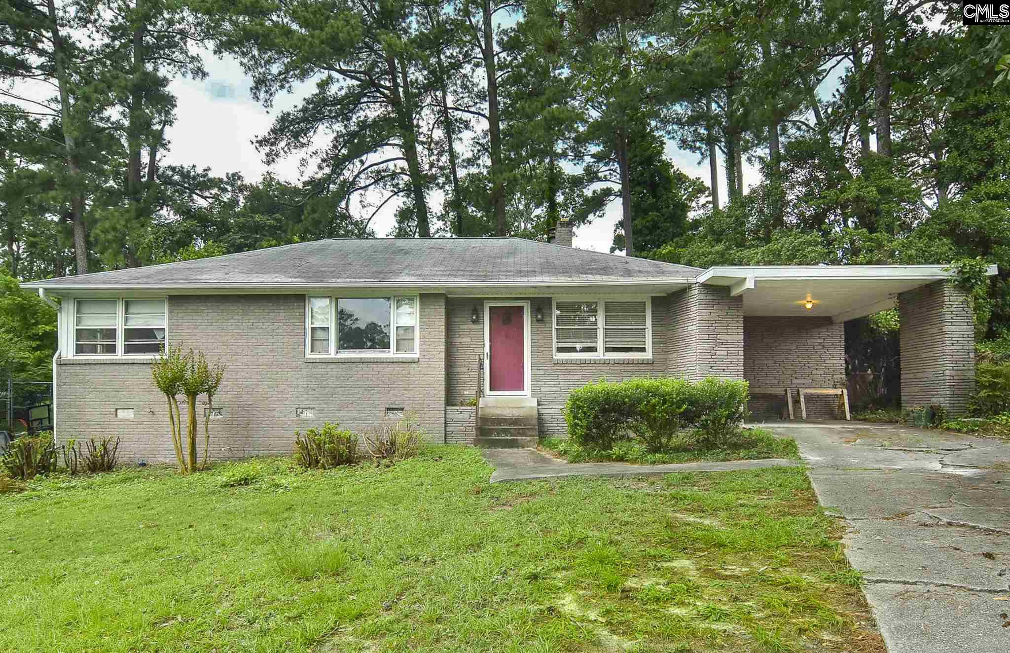 1543 Brockwall Columbia, SC 29206