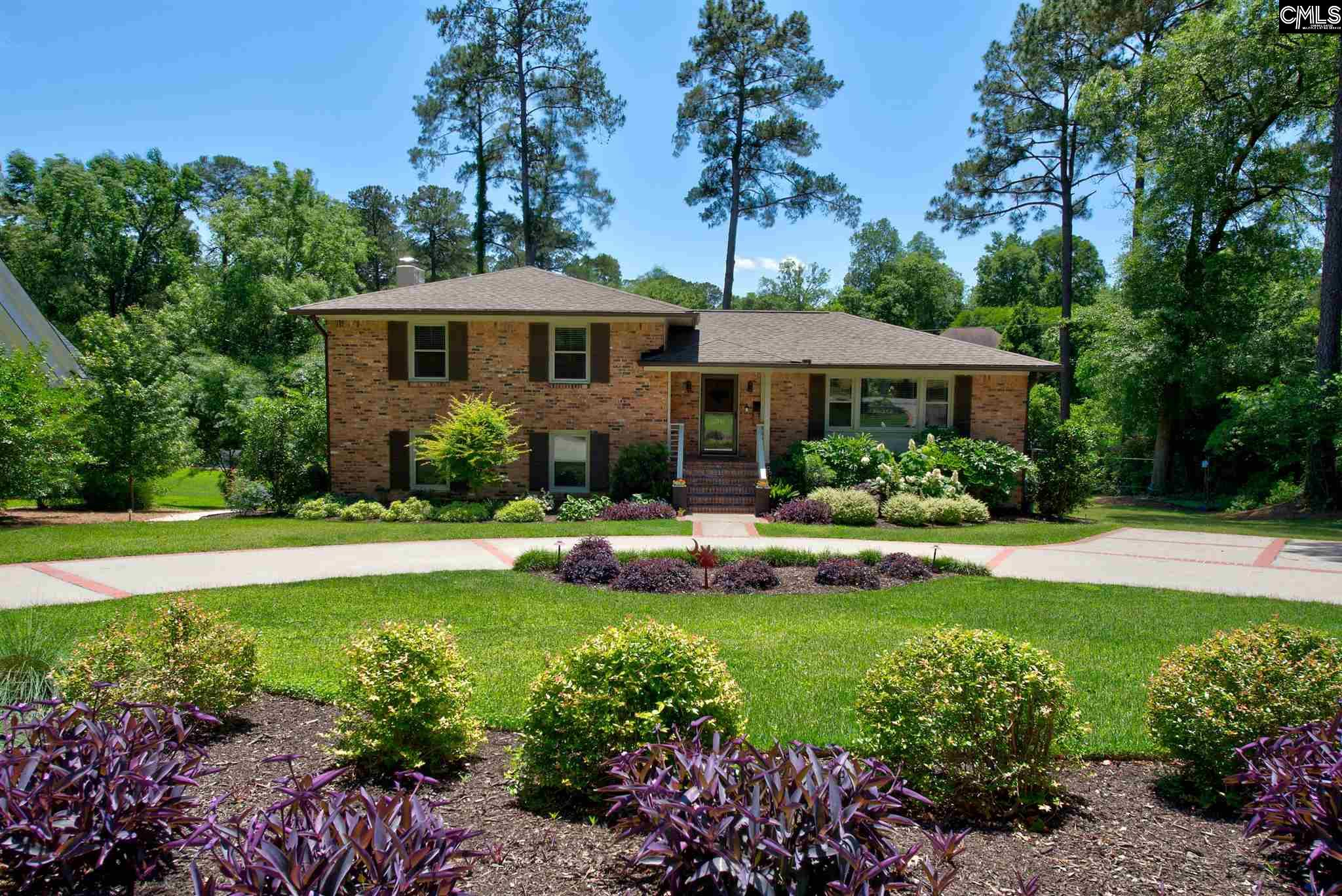 3910 Bloomwood Columbia, SC 29205