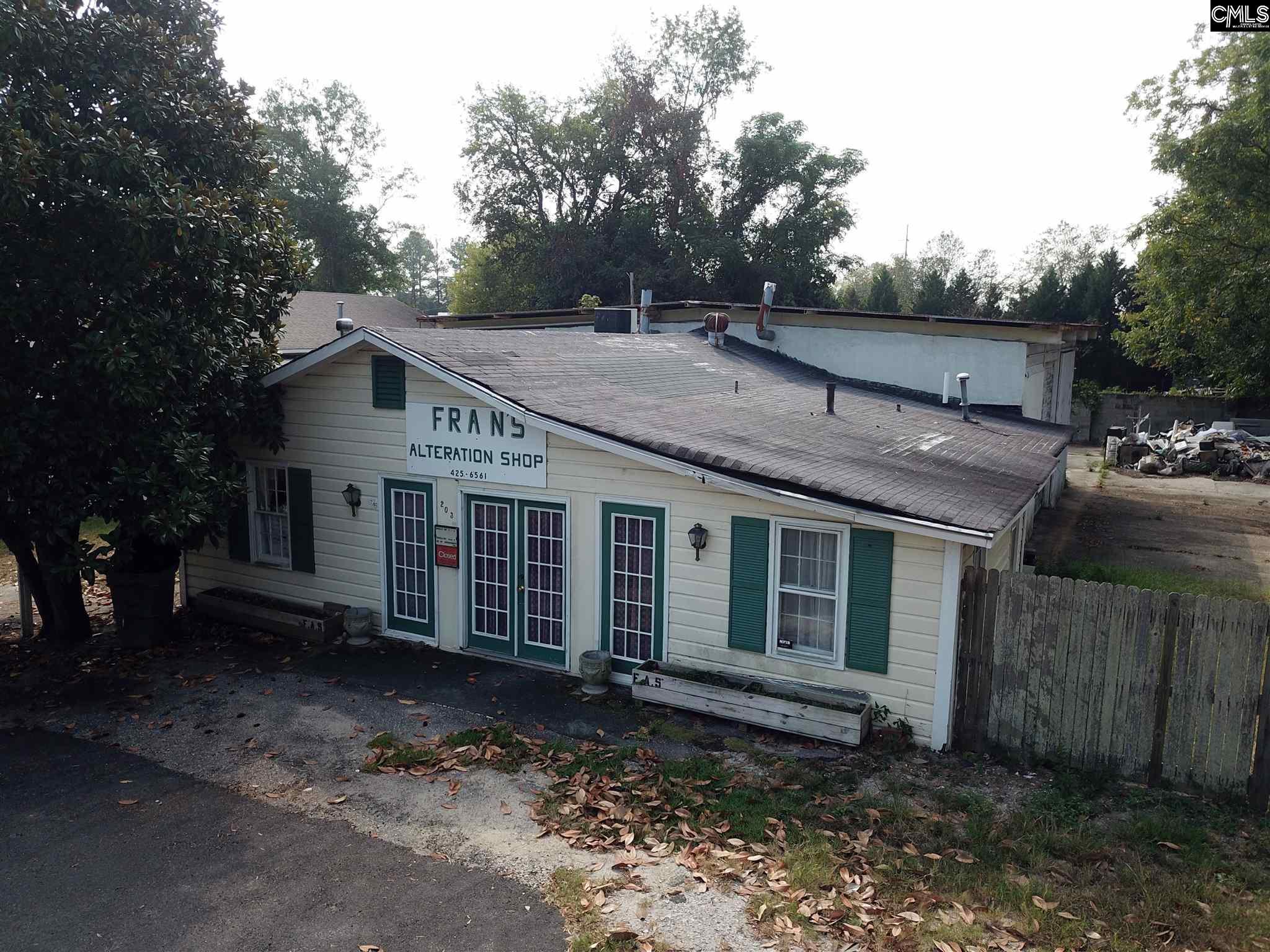 203 York Camden, SC 29020