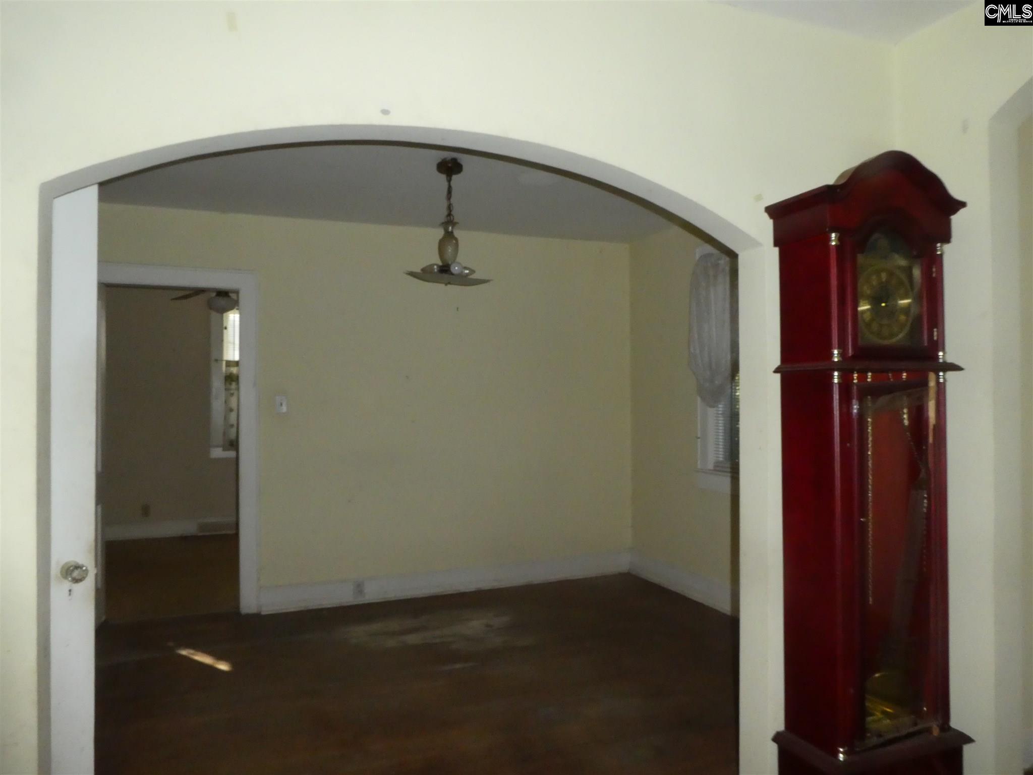 106 W Columbia Batesburg, SC 29006