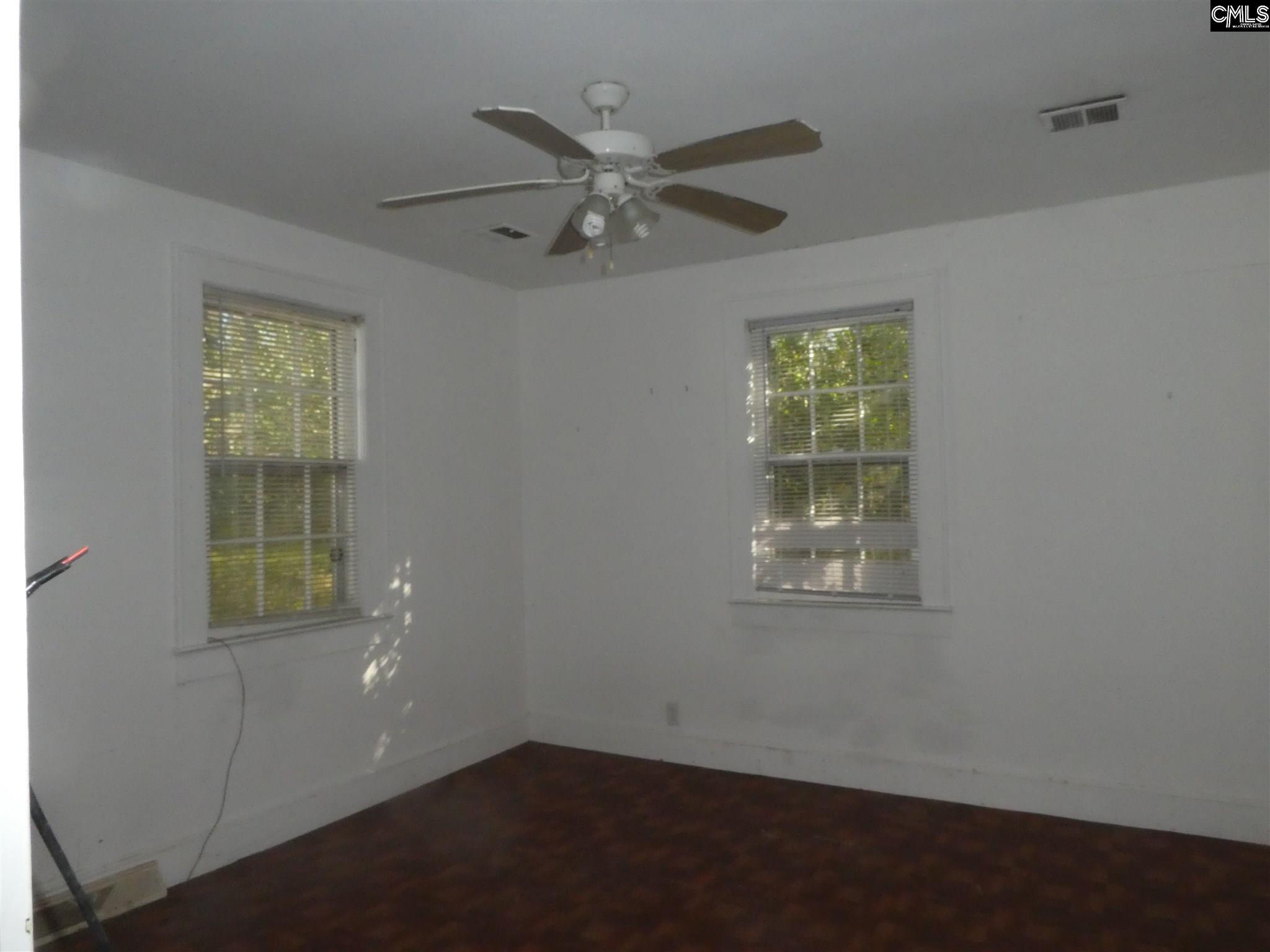 106 W Columbia Avenue Batesburg, SC 29006