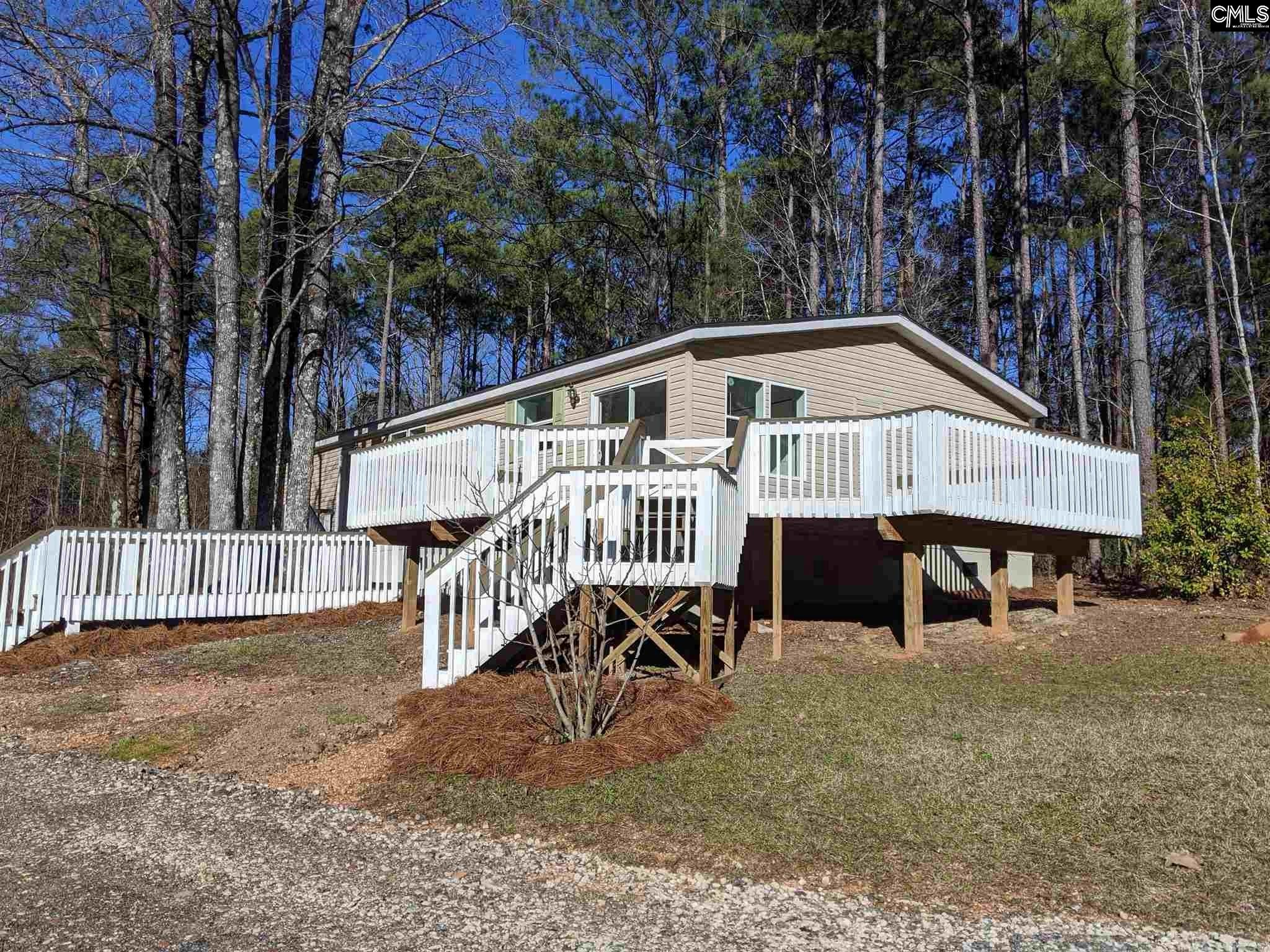 221 Holly Bickley Chapin, SC 29036