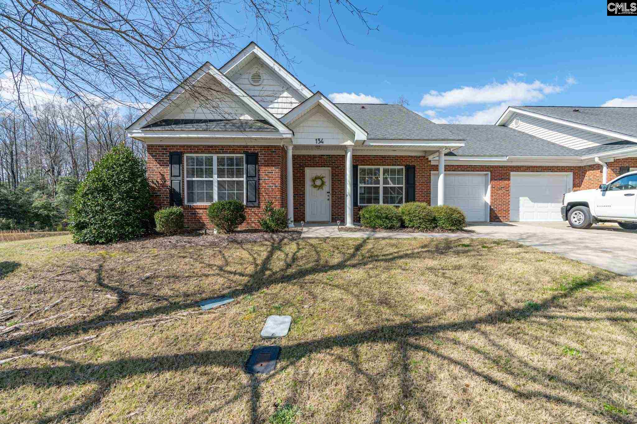 134 Vista Oaks Lexington, SC 29072-8229