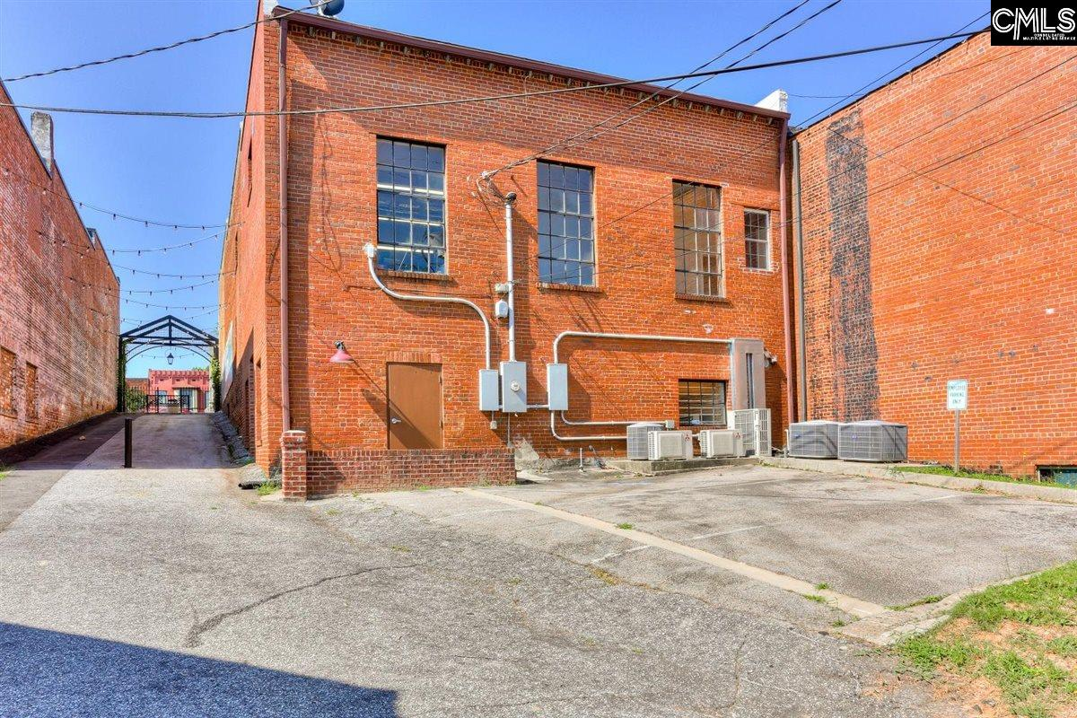 103 Courthouse Sq Edgefield, SC 29824
