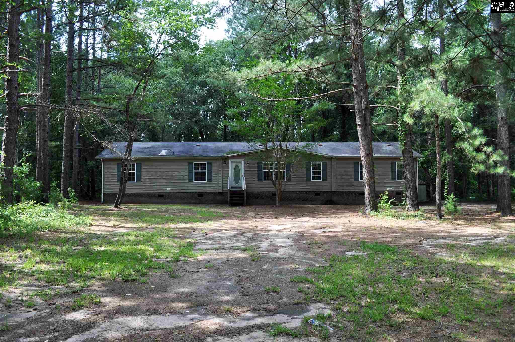 1415 Hidden Oaks Wedgefield, SC 29168-9523