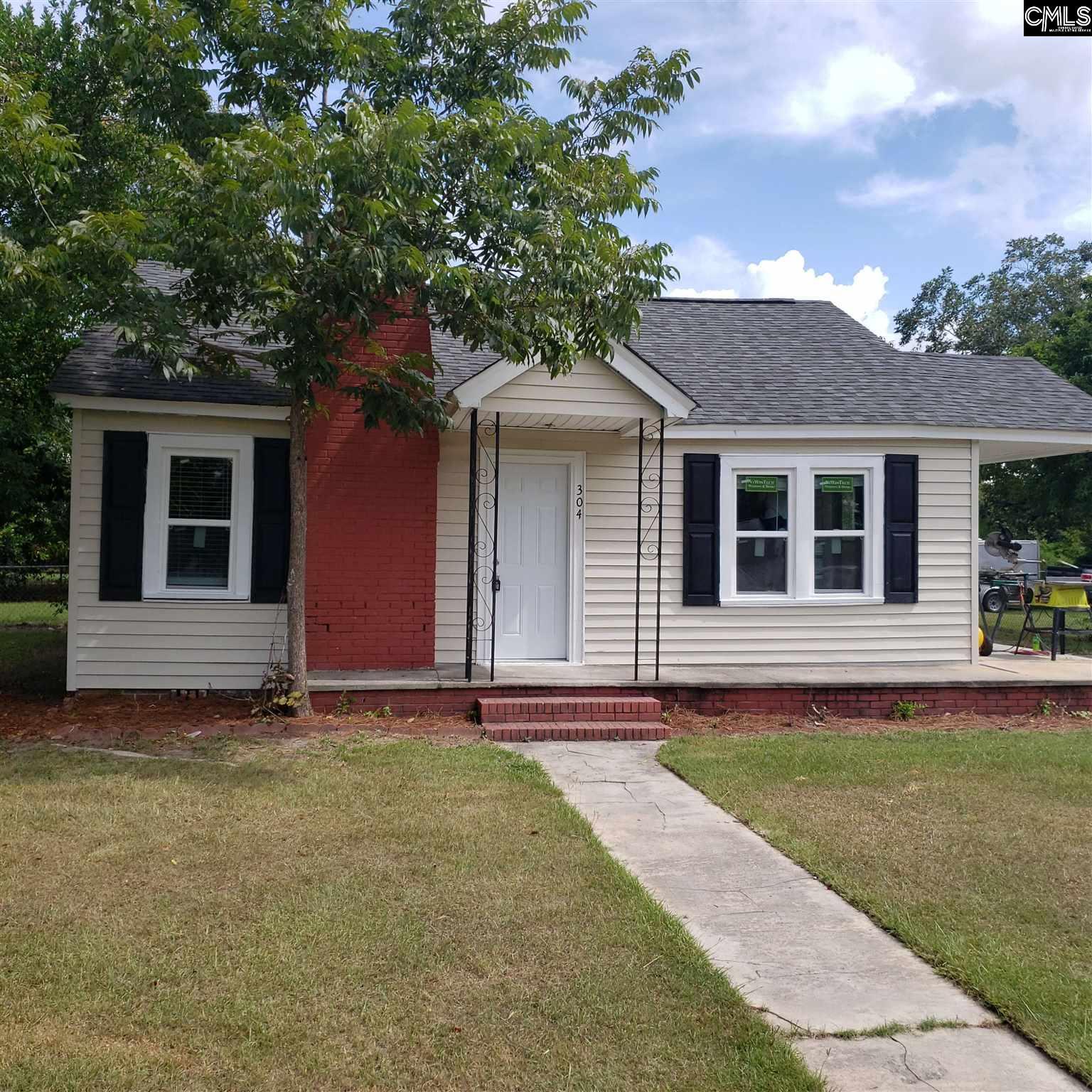 304 S Pine Batesburg, SC 29006