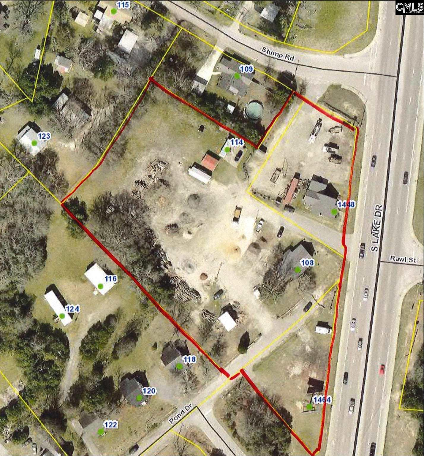 """Great Commercial development site! Consists of three TMS parcels (TMS: 006524-07-006, 006524-07-023, and 006524-07-020) with a total of +/- 2.98 acres and +/- 477' road frontage. Two houses on the property being sold """"as is"""". Owner will consider owner financing."""