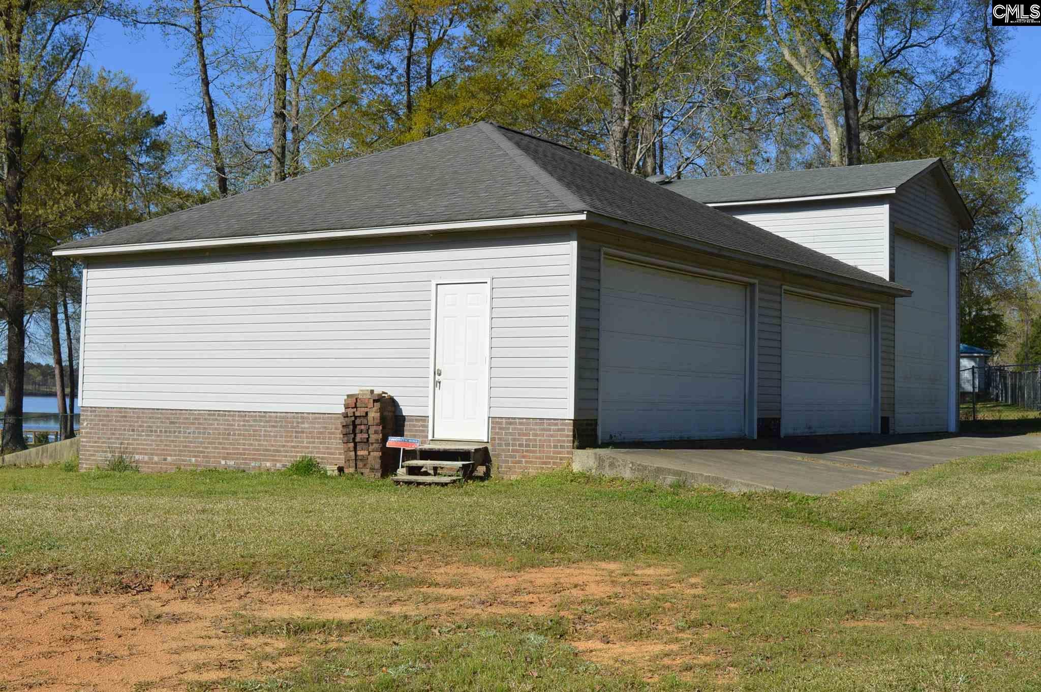 75 Dutchman Lane Winnsboro, SC 29180