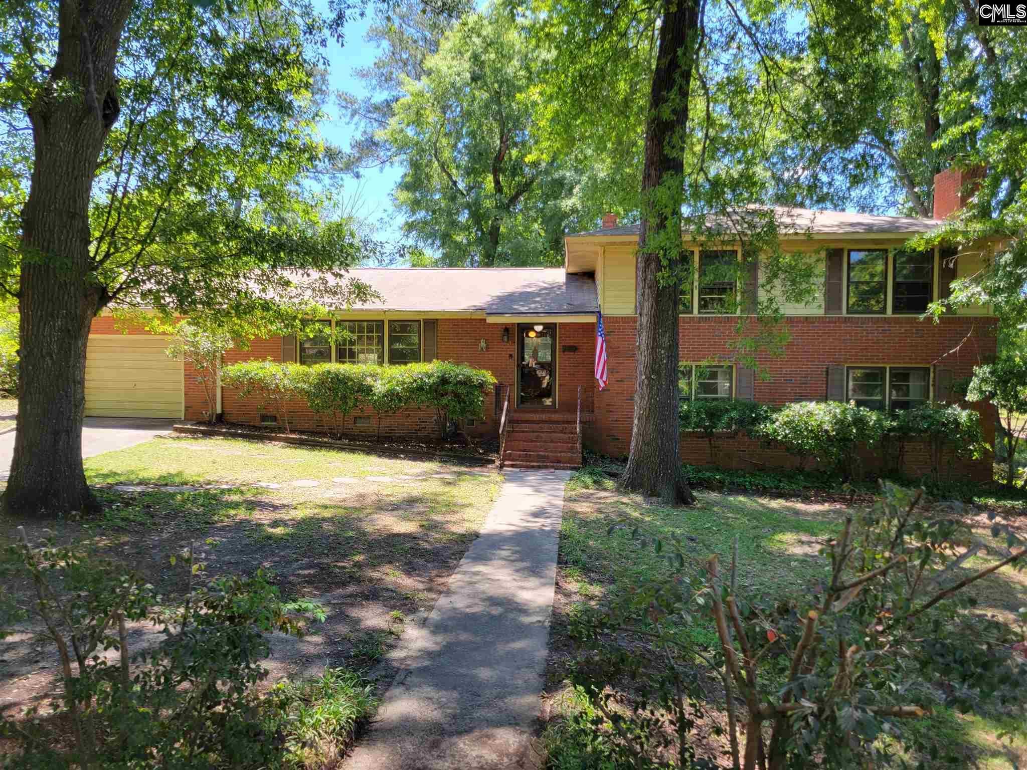 109 Evergreen Lane Cayce, SC 29033