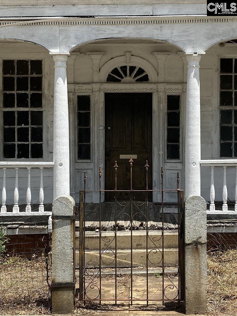 208 S Congress Street Winnsboro, SC 29180