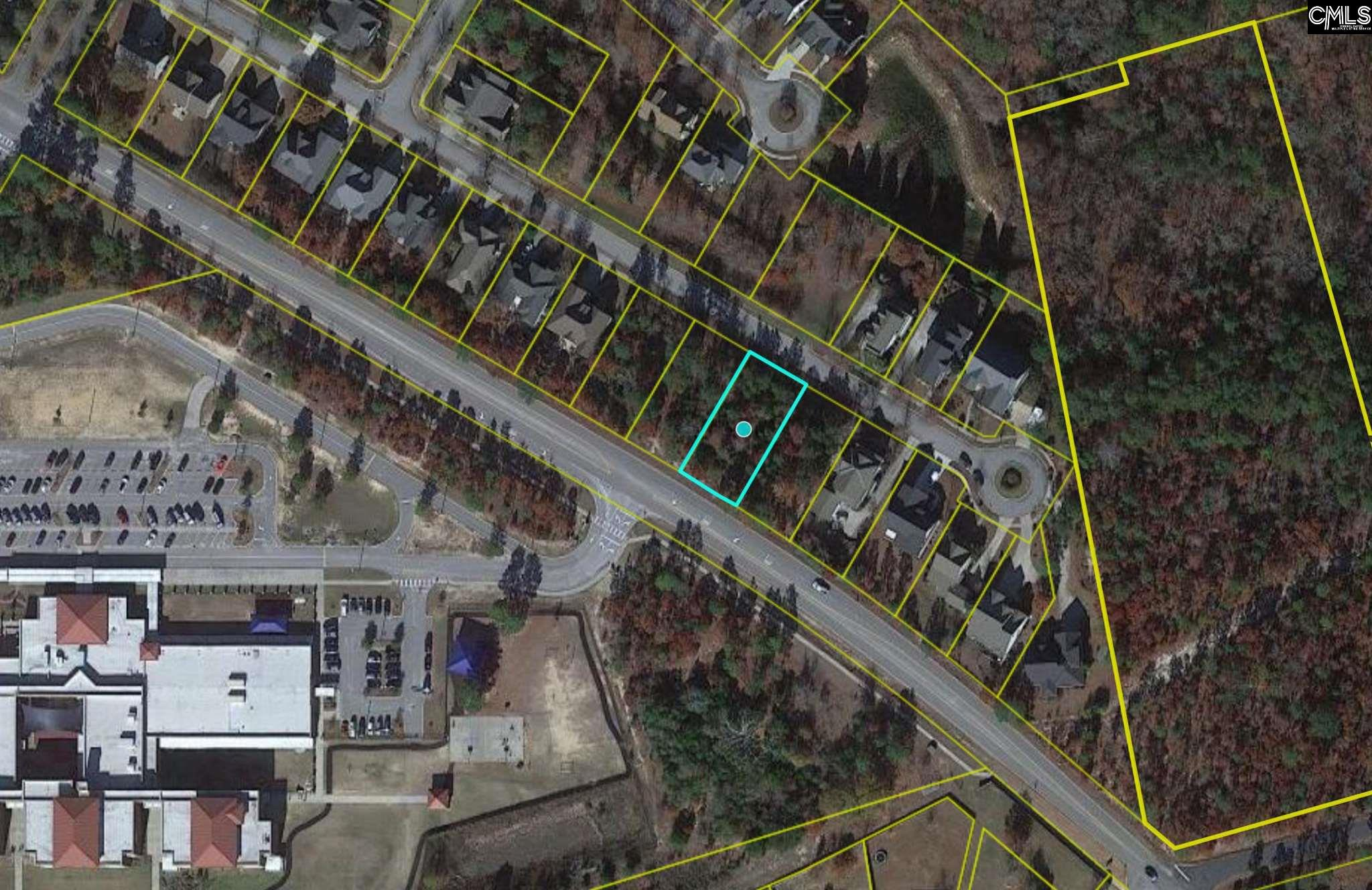 Beautiful lot located in the established GreenHill Parrish subdivision. Public water and sewer available. Close proximity to downtown Columbia.