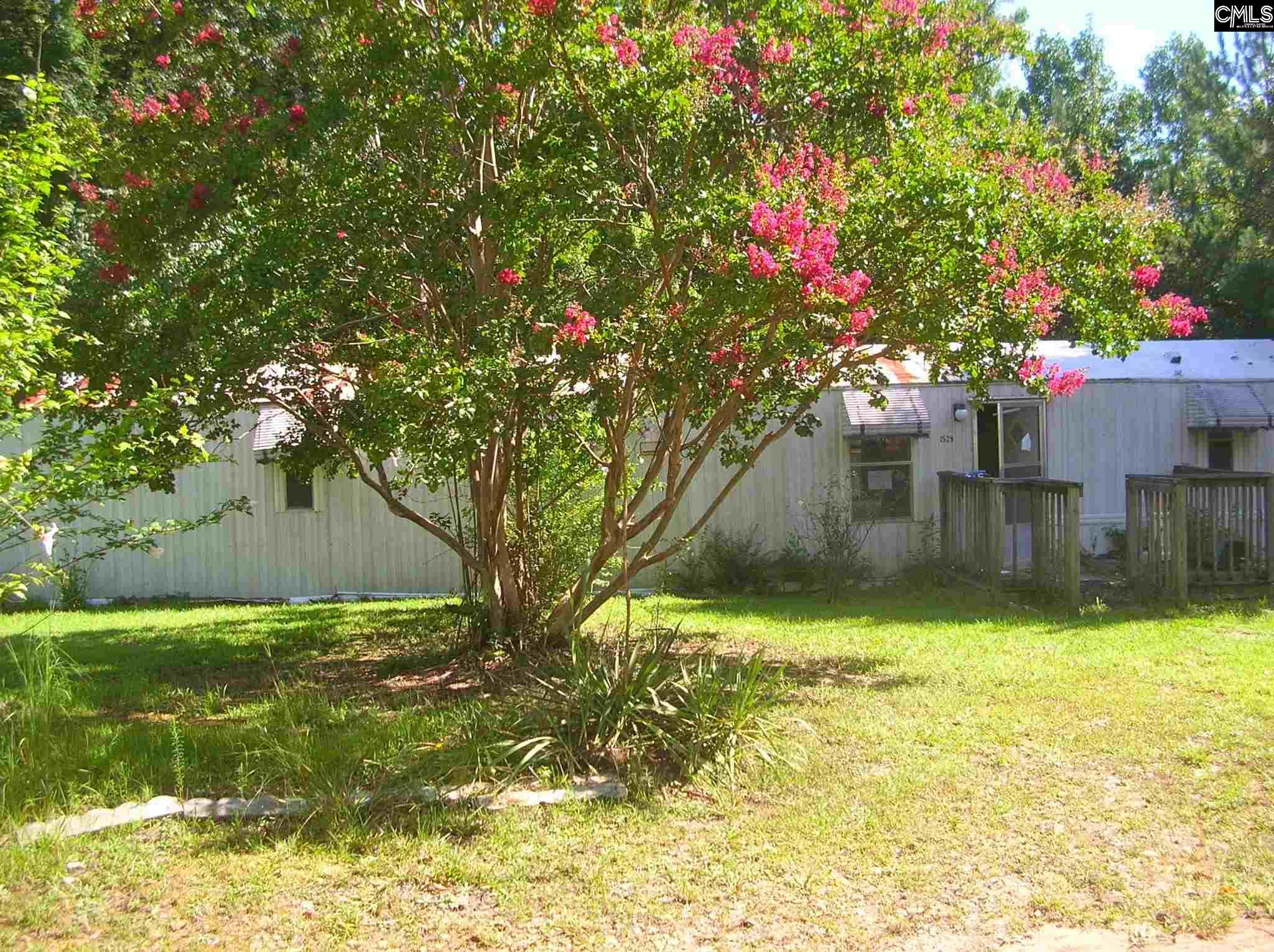 1529 Four Oaks Road Little Mountain, SC 29075