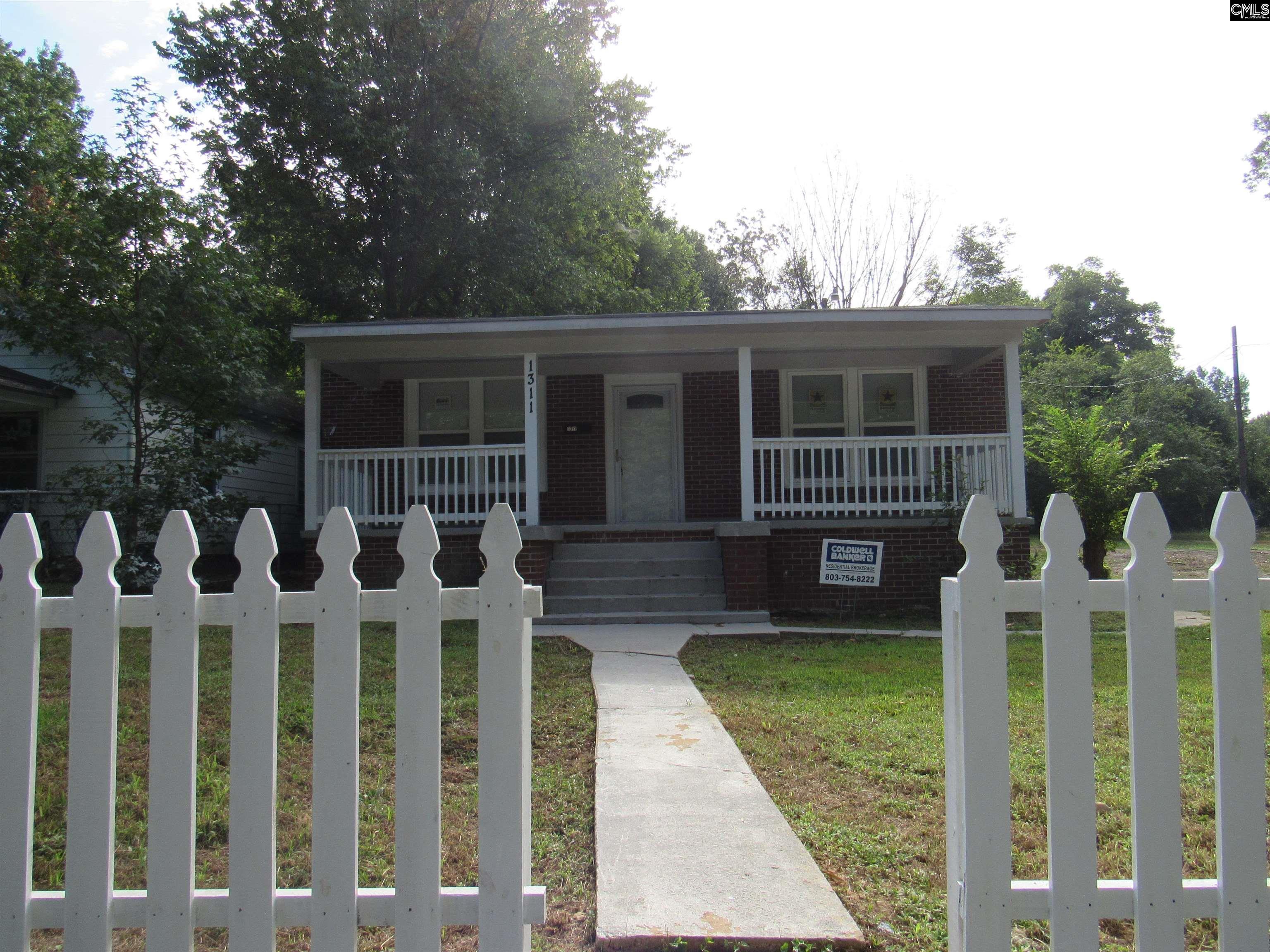 1311 S Bell Street Clinton, SC 29325-2703