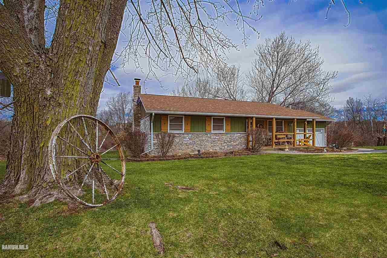 3a98 General Lee Drive Apple River Il 61001 Bussian