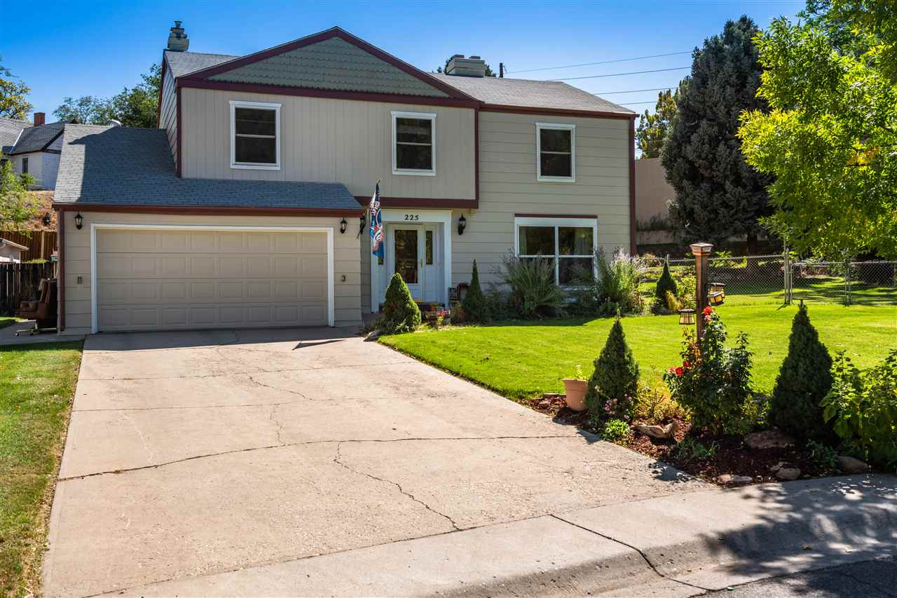 225 Willowbrook Road, Grand Junction, CO 81506