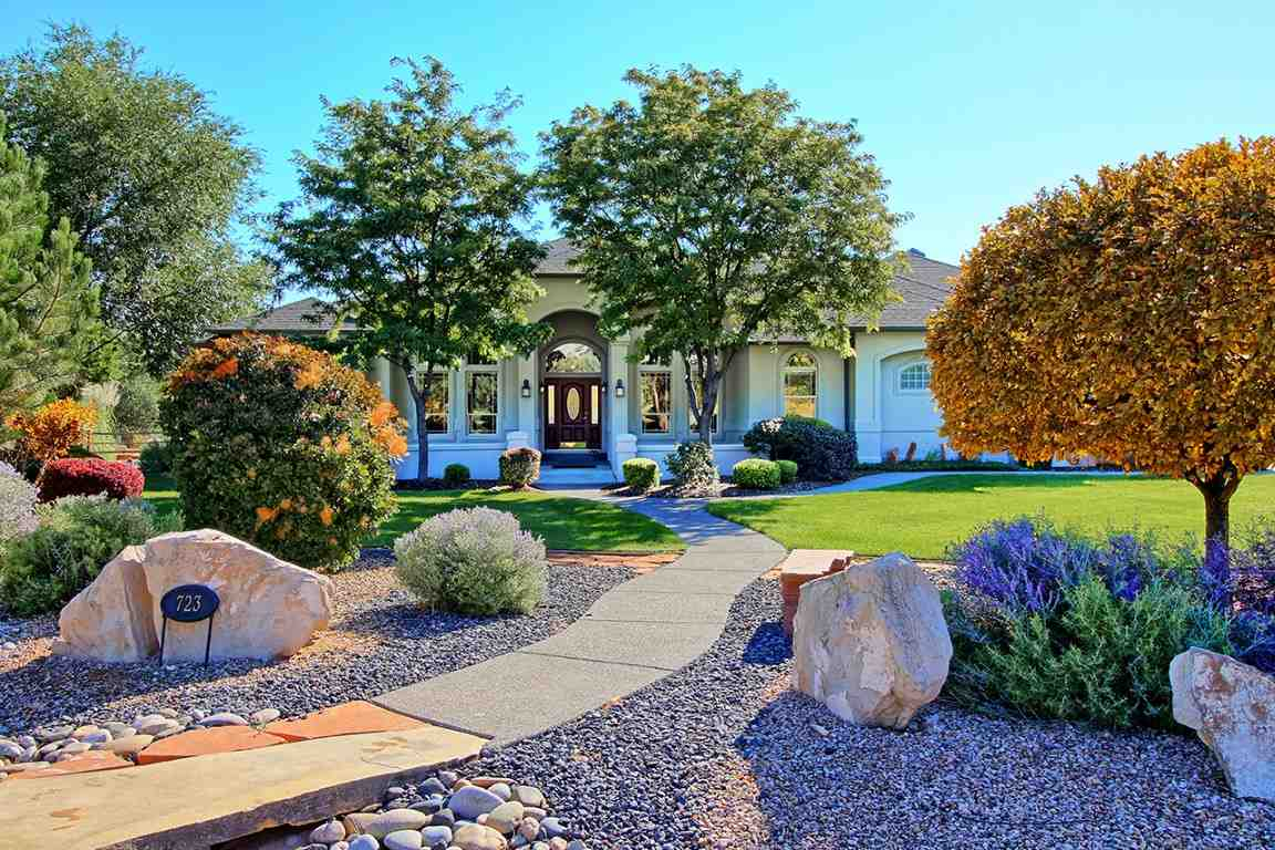 723 Curecanti Circle, Grand Junction, CO 81507