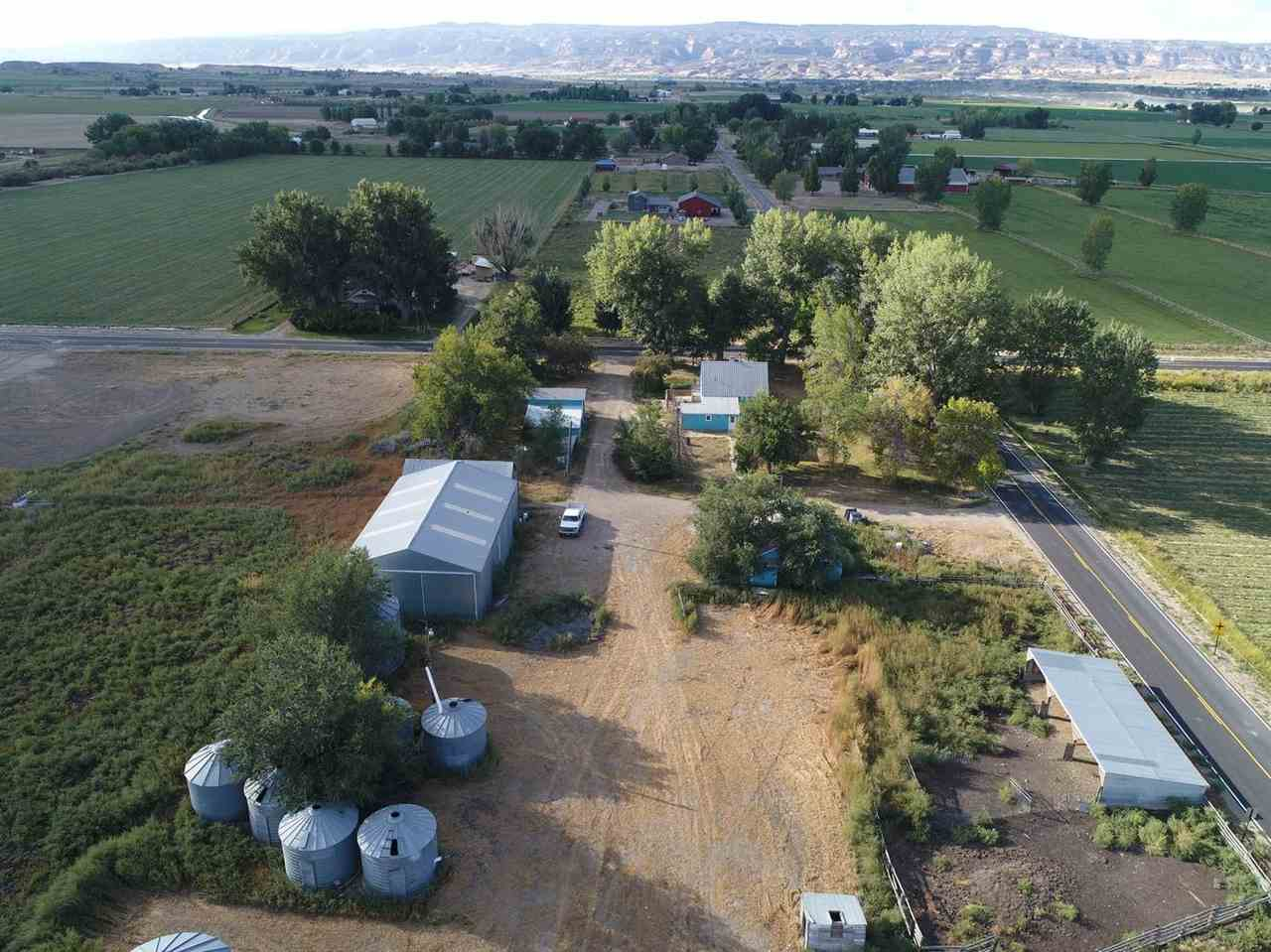 1452 P Road, Loma, CO 81524