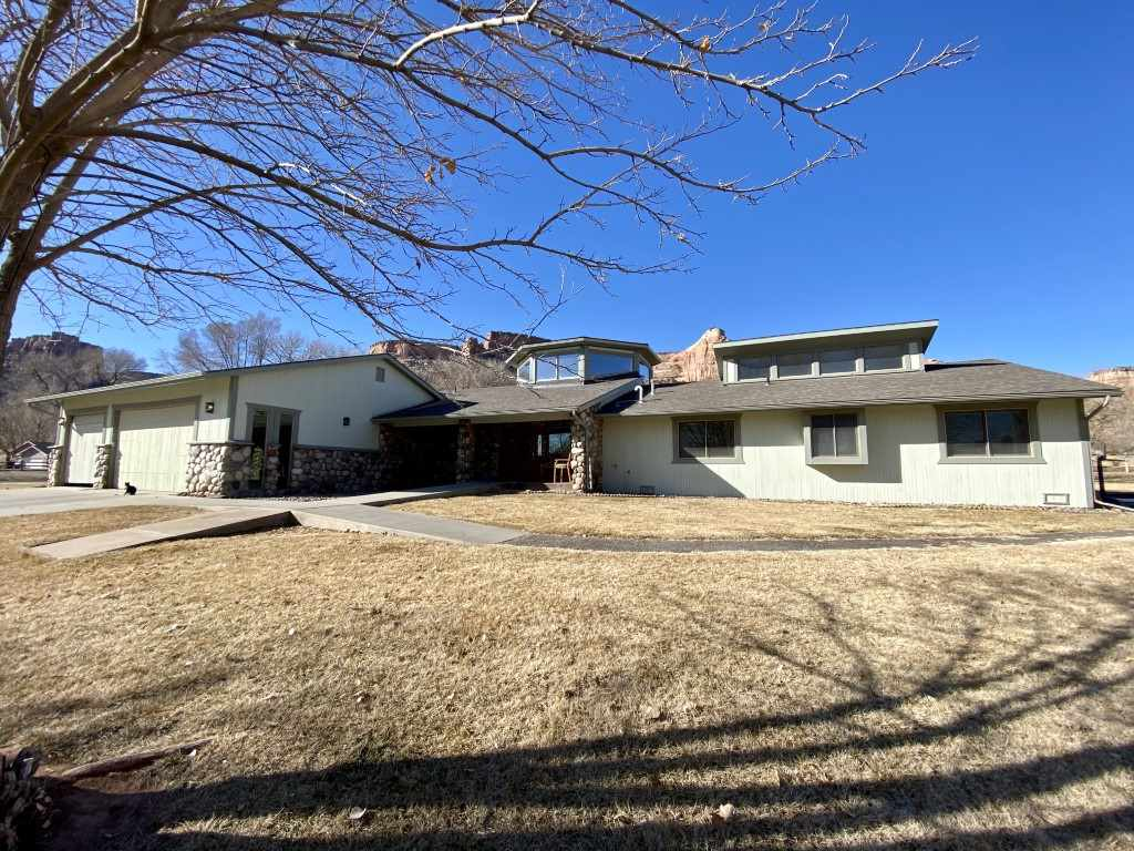 MLS# 20200909 - 71 - 1916 Monument Canyon Drive , Grand Junction, CO 81507
